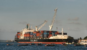 Reefer container ship