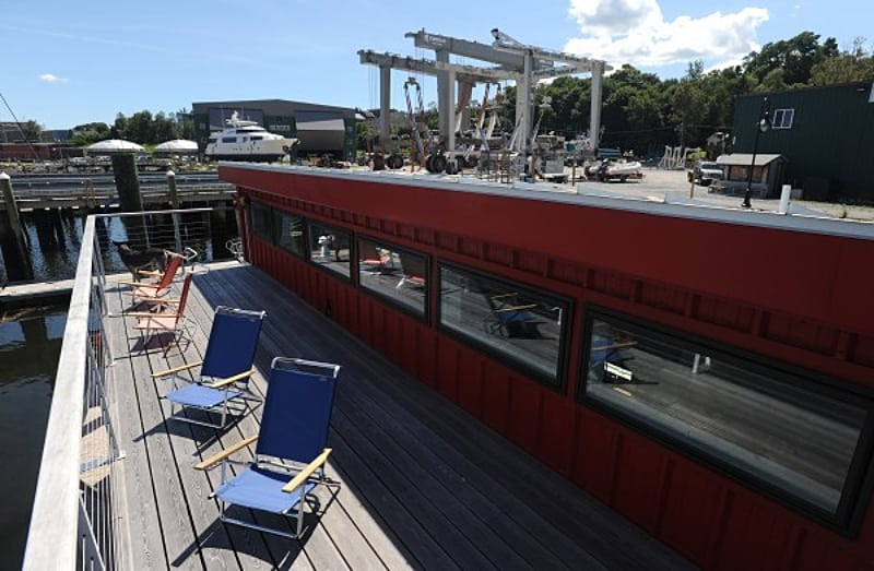 shipping-container-houseboat-deck