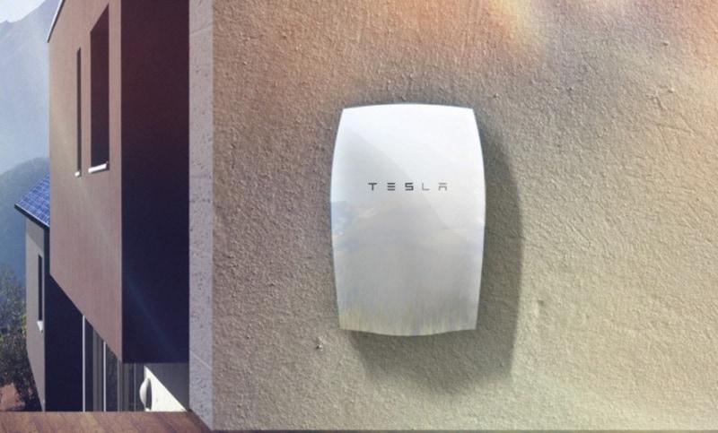 Tesla-Powerwall-battery1-889x537