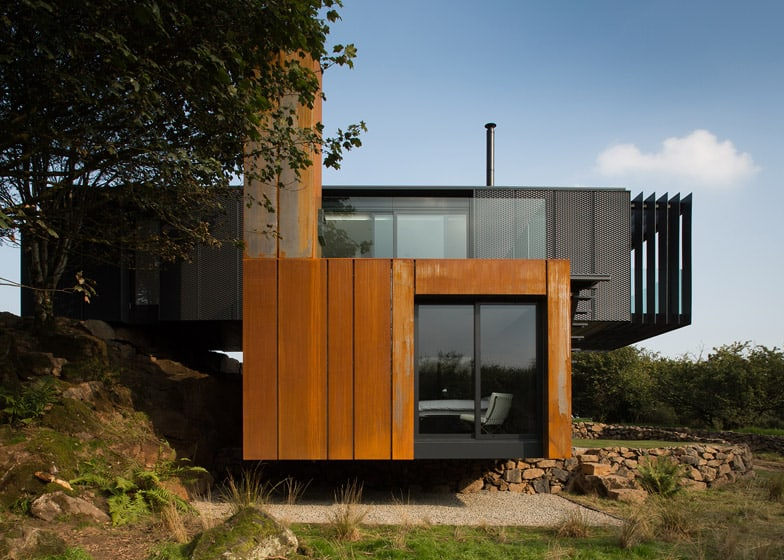 ... Designs Shipping Container Homes. Grillagh Water House  By Patrick Bradley Architects_dezeen_784_6