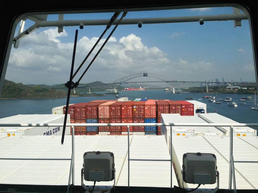 panama-canal-cargo-ship