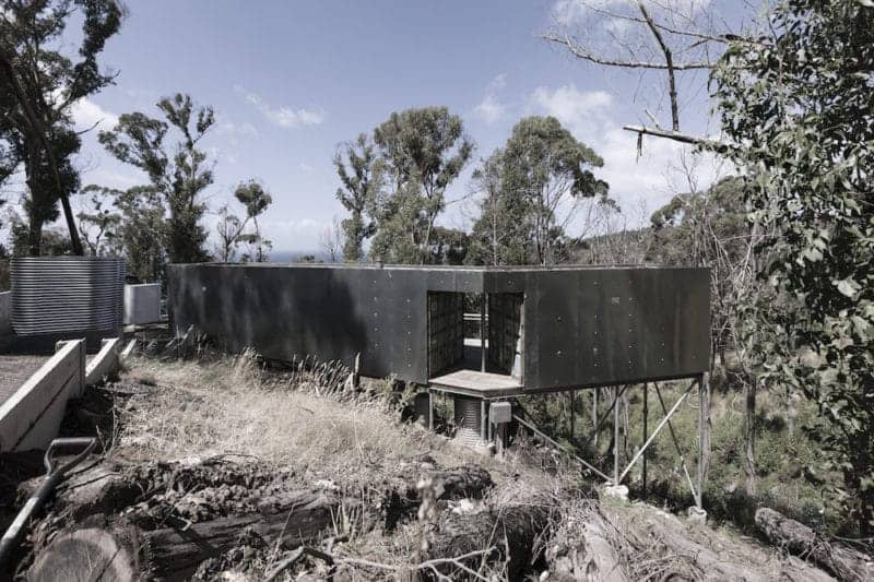 Boomerang Container Home in Wye River